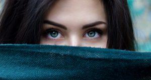 女性-瞳-意識