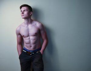 男性-筋肉-上半身