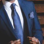 スーツの似合う筋肉の作り方!胸・肩・腕・腹筋をバランスよく鍛えてかっこいい着こなしを!