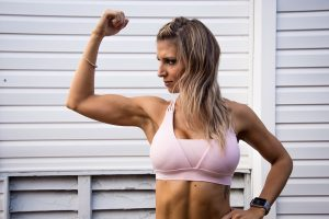 muscle-woman-arm
