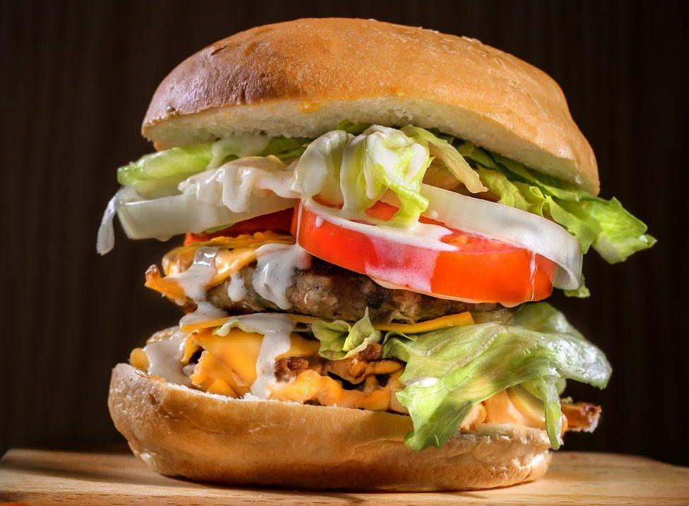 チェダーチーズハンバーガー